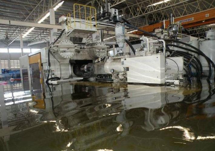 Western Digital start de eerste overstroomde fabriek in Thailand weer op